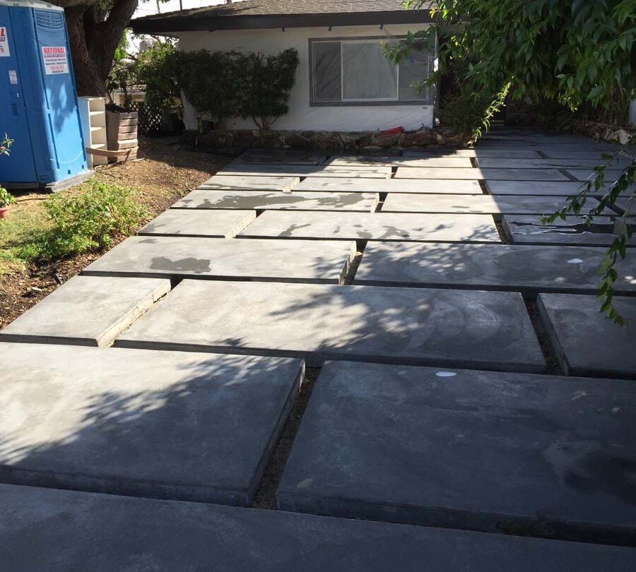 New beautiful front yard patio with an architecturally nature-friendly theme. Pacificland Constructors
