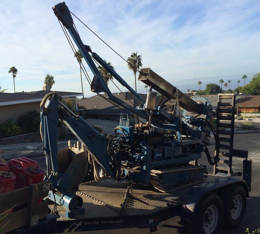 Boring machine used to prepare the cast in place foundations. Pacificland Constructors