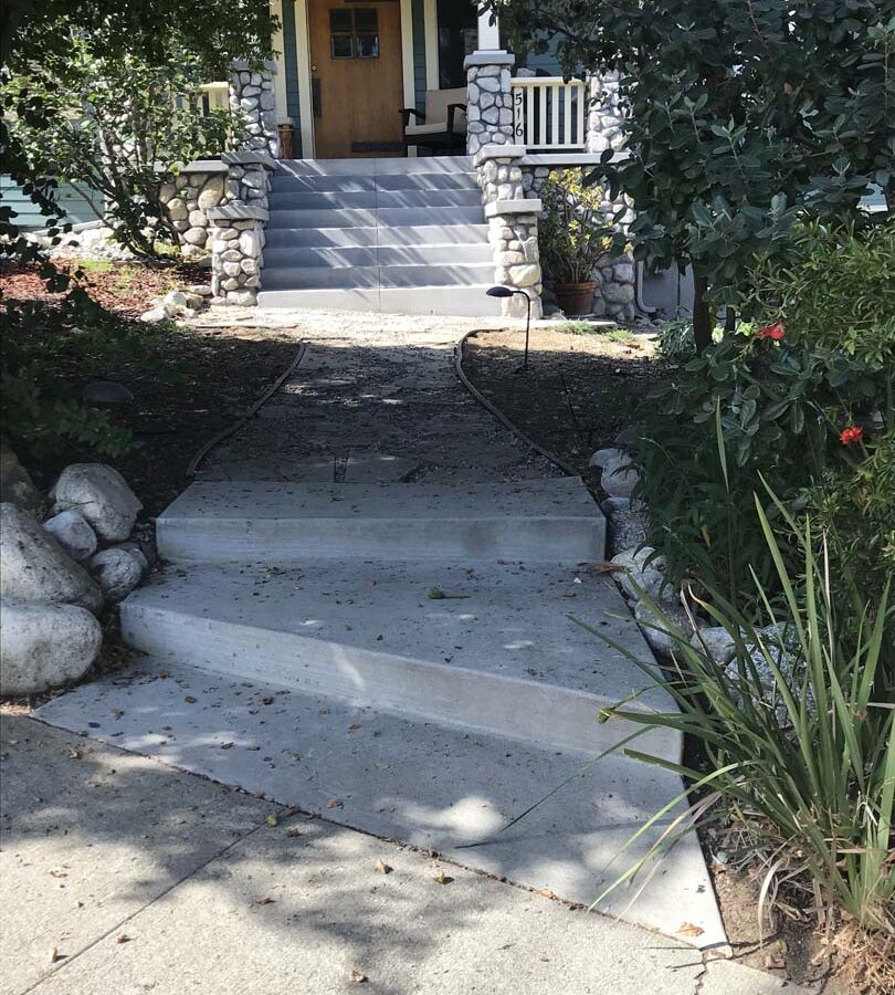 New front yard concrete work, flagstone work, and stone work for the entrance of a home in Eagle Rock, Los Angeles, CA. Pacificland Constructors