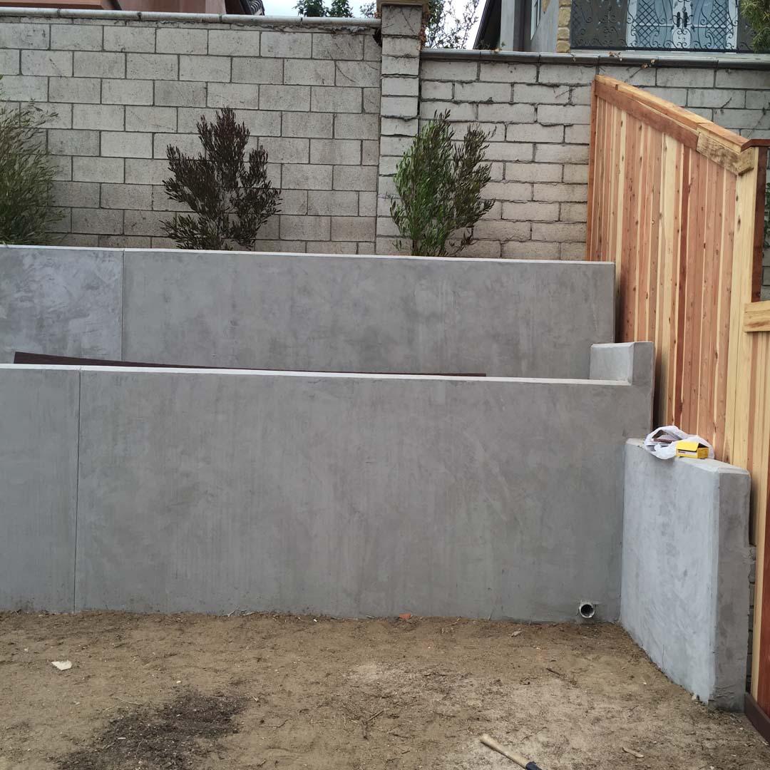Huntington Beach Concrete Retaining Walls 92649 Contractor Masonry