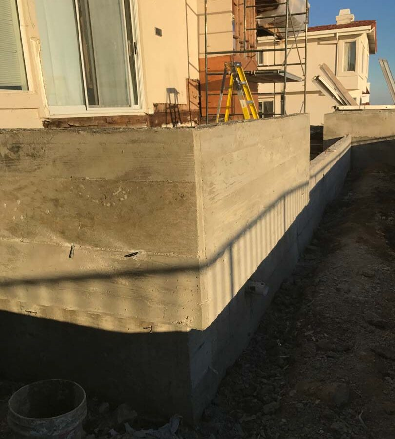 Poured a new custom concrete planter in Palos Verdes Estates, CA. Pacificland Constructors
